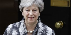 May zegt sorry voor verkiezingsnederlaag