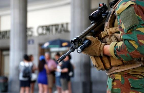 'Meer veiligheid met minder soldaten'