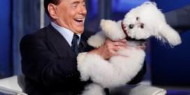 Daar is Berlusconi weer