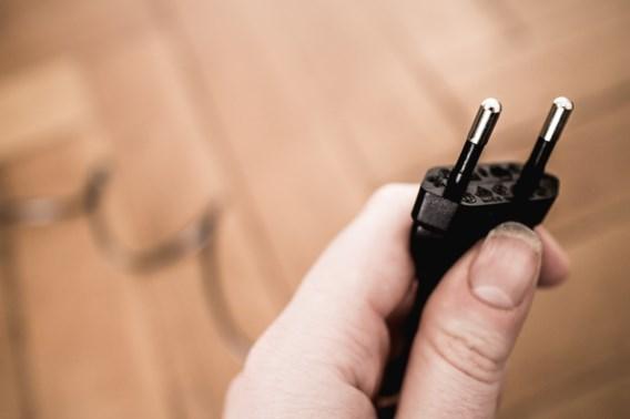Twee op drie blijven bij peperdure elektriciteit