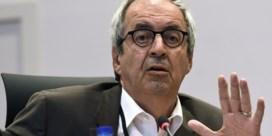Voorzitter Kazachgate-commissie loopt boos weg