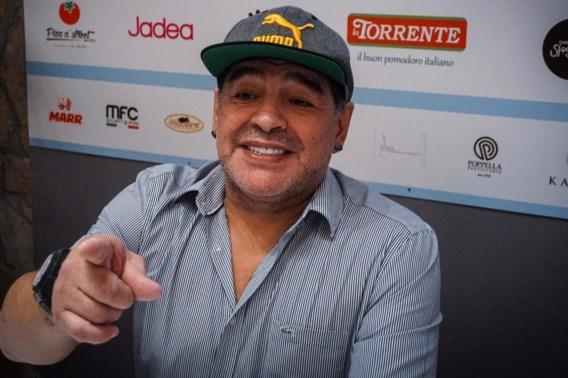 Diego Maradona krijgt ereburgerschap in Napels