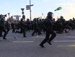 Hamburgse politie 'vreest voor lijf en leden' en roept landelijke versterking op