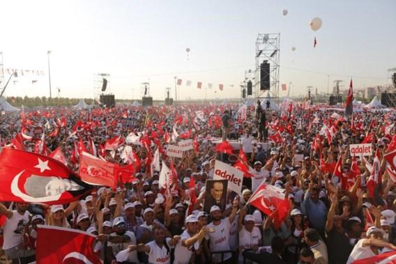 Turken herdenken mislukte staatsgreep in Brussel