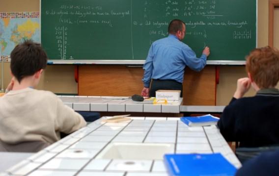 Vakbonden vragen loonsverhoging voor onderwijspersoneel