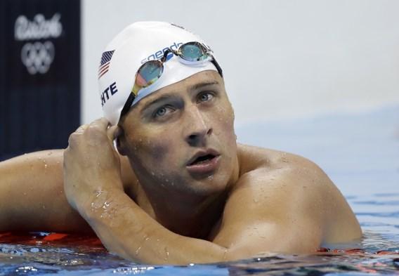 Zwemmer Lochte viert tien maanden na verzonnen overval en donkere periode terugkeer in competitie