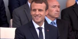 Macron geniet van verrassende Daft Punk-medley door fanfare