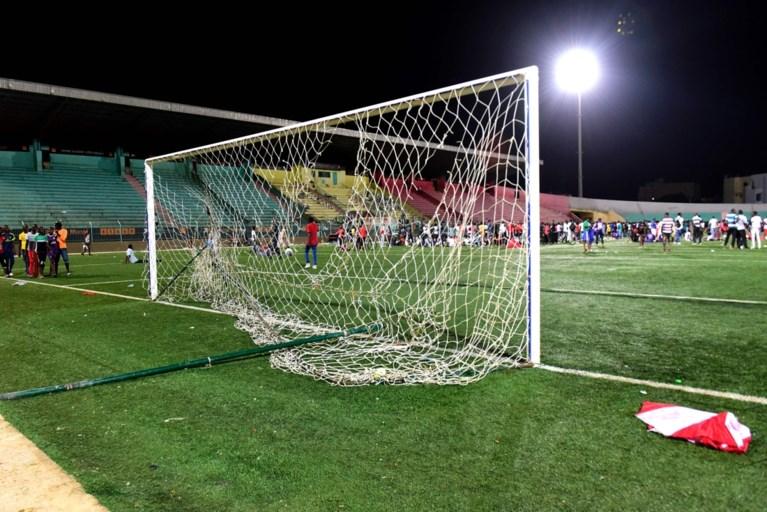 Deel van tribune stort in tijdens bekerfinale in Senegal: minstens acht doden en 49 gewonden