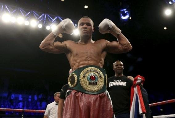 Chris Eubank Jr verdedigt met succes zijn IBO-titel bij supermiddengewichten