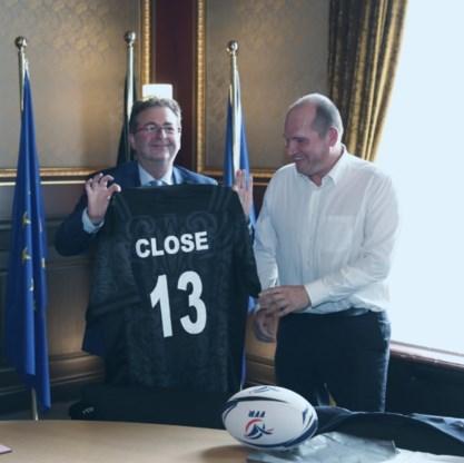 Close legt eed af als Brussels burgemeester