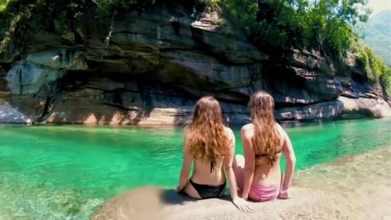 Toeristen overspoelen 'Malediven van Milaan' na virale video