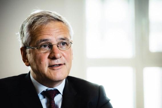 Peeters wil staatsbedrijven 'discreet privatiseren'