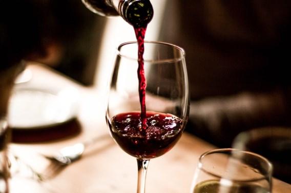 Hoe je wijndrinkers bij de neus neemt