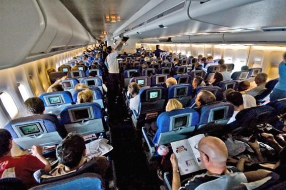 De vijf vuilste plaatsen in een vliegtuig