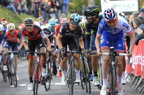 David Gaudu boekt eerste profzege met winst in derde rit Ronde van de Ain