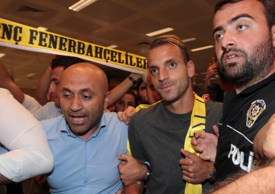 Roberto Soldado trekt voor twee seizoenen naar Fenerbahçe