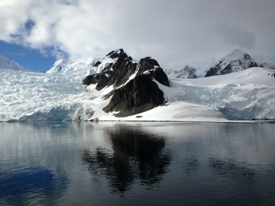 91 vulkanen gevonden onder ijskap Antarctica