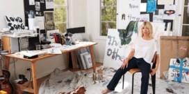 Grunge-icoon Kim Gordon wil opnieuw uw kledingkast vullen