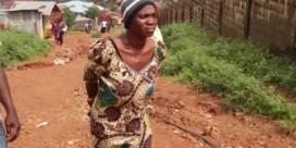 Vrouw uit Sierra Leone verliest 17 familieleden bij modderstroom
