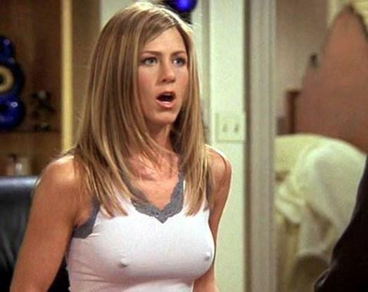 ONGEHOORD. 'Dit zijn gewoon mijn borsten en hoe ze zijn.'