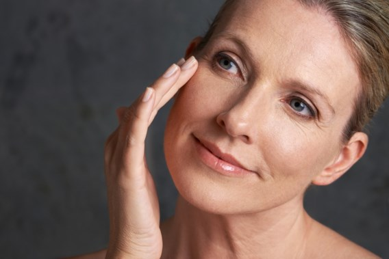 Pleidooi om anti-aging te verbannen: 'Niets mis met verouderen'