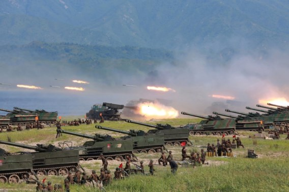 Noord-Korea vuurt drie raketten af na 'provocatie VS'