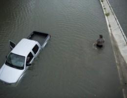 'Klimaatopwarming heeft invloed op zware neerslag na Harvey'