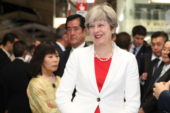 Theresa May niet van plan premierschap af te geven
