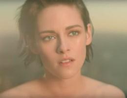 Naakte Kristen Stewart in video voor Chanel