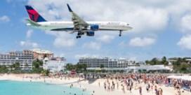 Wereldberoemd strand vernield door orkaan Irma