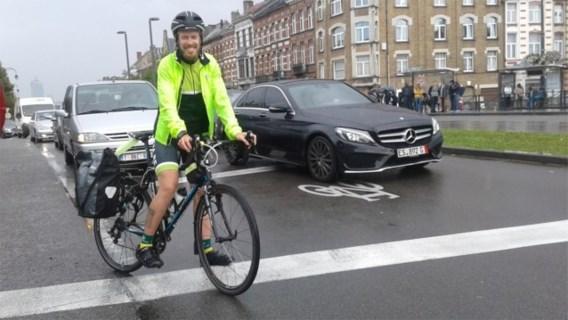 Indrukwekkend: pendelaar fietst elke dag 114 kilometer door weer en wind naar zijn werk