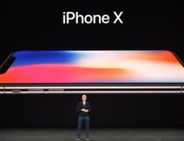 Pijnlijk moment tijdens voorstelling iPhone X: 'Laten we dat even opnieuw proberen'