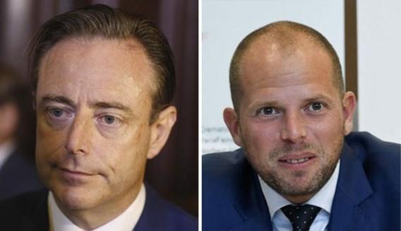Bart De Wever verdedigt Theo Francken: 'Opkuisen? Ik zie daar geen probleem in'