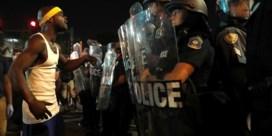 Opnieuw protest na vrijspraak politieagent, U2 zegt concert af
