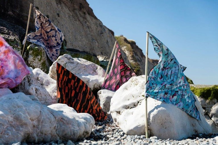 'Een sjaal komt pas helemaal tot zijn recht als hij wappert in de wind'