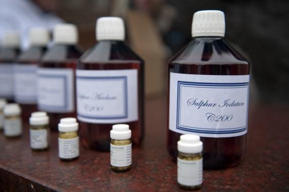 Vernietigend rapport homeopathie geeft De Block extra munitie