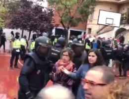 Professor Bart Maddens hardhandig aangepakt in Barcelona
