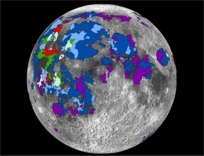 De maan had een atmosfeer