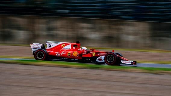 Vettel snelste tijdens eerste oefensessie in Japan, Vandoorne tiende