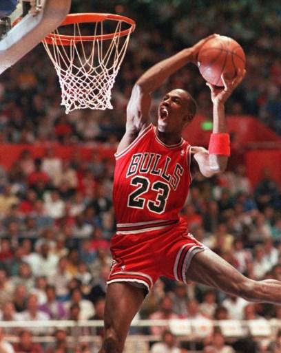 """Michael Jordan himself haalt fors uit voor start van nieuw NBA-seizoen: """"Haast alle teams zijn brol"""""""