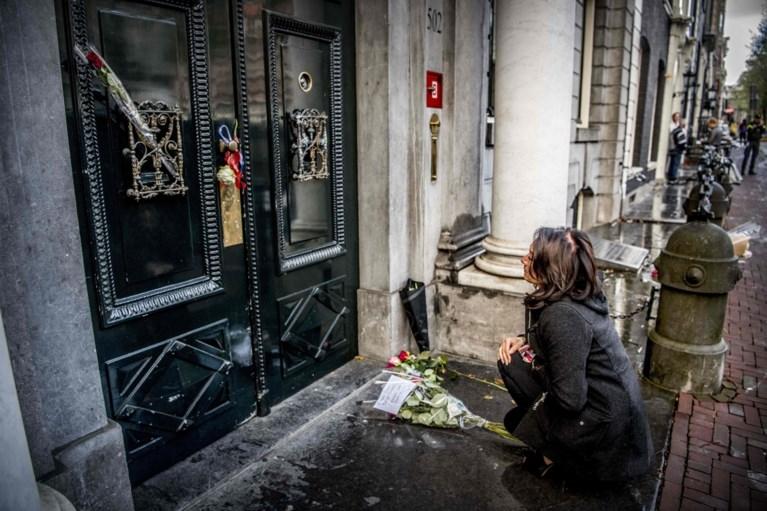 Amsterdammers brengen laatste groet aan overleden burgemeester