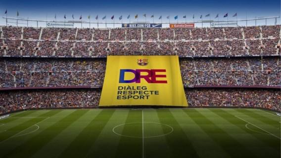 FC Barcelona wil woensdag dit indrukwekkende spandoek ontrollen