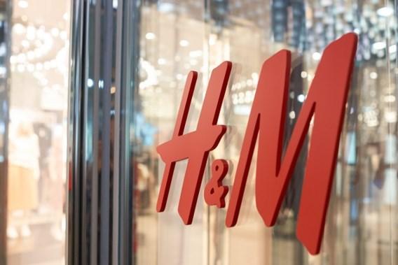 'H&M verbrandt elk jaar twaalf ton nieuwe kleding'