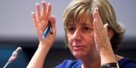 Dutordoir snoeihard voor eigen NMBS: 'Ze hebben al 28 jaar geen baas meer gezien'