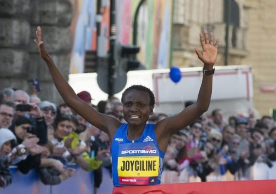 Keniaanse Joyciline Jepkosgei stelt eigen wereldrecord scherper op halve marathon