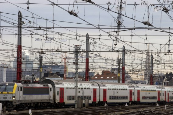 Dutordoir: 'Er komt geen wifi op de trein'