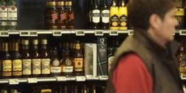 Duurdere alcohol bezorgt staatskas financiële kater