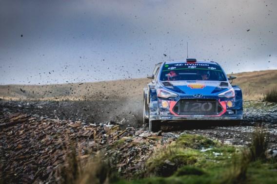 Thierry Neuville vol in de aanval in Rally van Groot-Brittannië