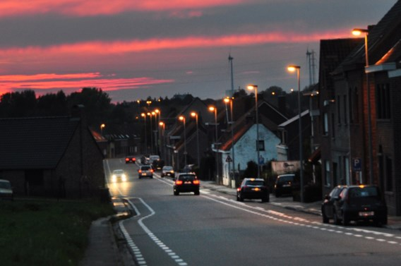 1 op 12 auto's rijdt met verkeerd ingestelde koplampen
