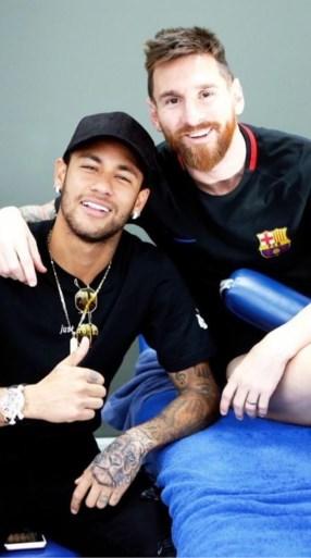 Neymar voor de match tegen Anderlecht: groene coupe en onderonsje met Messi